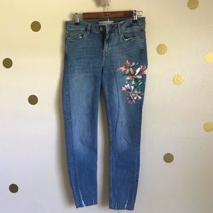 Zara Basic Floral Painted Denim Jeans. Size 6.